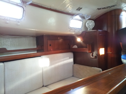 starboard aft cabin small.jpg